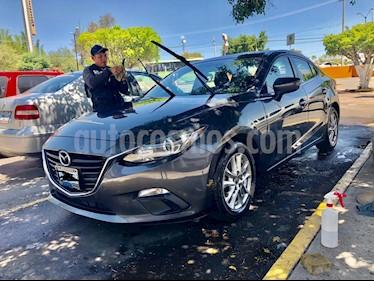 Mazda 3 Sedan i Touring usado (2015) color Gris Oscuro precio $180,000