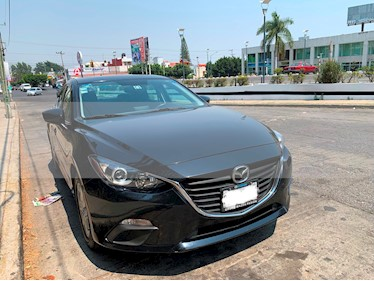Mazda 3 Sedan i Touring usado (2015) color Negro precio $200,000