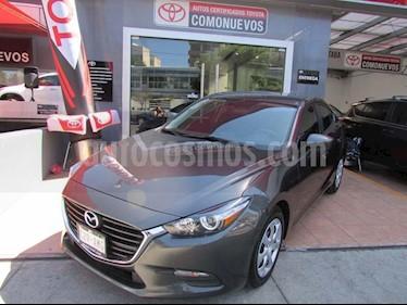 Foto venta Auto usado Mazda 3 Sedan i (2017) color Gris precio $245,000