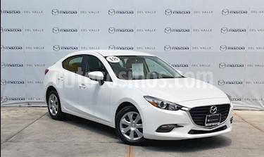 Foto Mazda 3 Sedan i usado (2018) color Blanco Perla precio $240,000