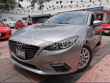 Mazda 3 Sedan i Touring Aut usado (2016) color Plata precio $200,000