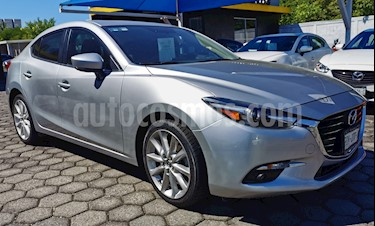 Mazda 3 Sedan s Grand Touring Aut usado (2017) color Plata precio $280,000