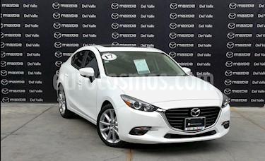 Mazda 3 Sedan s Aut usado (2017) color Blanco Perla precio $270,000