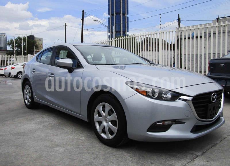 Mazda 3 Sedan s usado (2017) color Plata precio $204,990