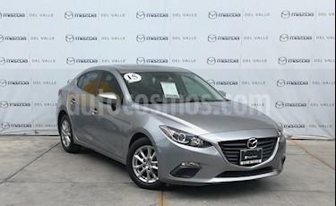 Mazda 3 Sedan i Touring usado (2015) color Aluminio precio $210,000