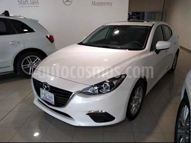Mazda 3 Sedan i Aut usado (2016) color Blanco precio $220,000
