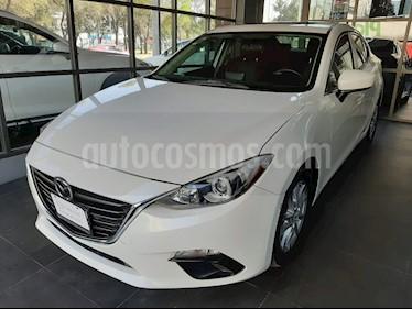 Mazda 3 Sedan i Touring Aut usado (2016) color Blanco Perla precio $205,000