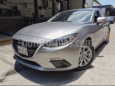 Mazda 3 Sedan i Touring usado (2016) color Plata precio $200,000