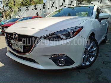 Mazda 3 Sedan i Touring Aut usado (2014) color Blanco Perla precio $200,000