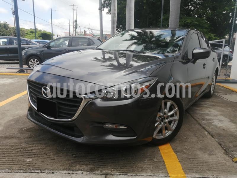 Mazda 3 Sedan i Touring usado (2017) color Gris precio $225,000