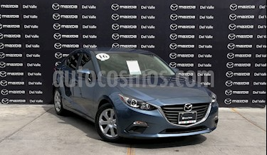 Mazda 3 Sedan i usado (2016) color Azul Acero precio $205,000