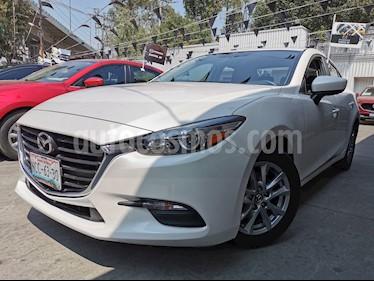 Mazda 3 Sedan i Touring Aut usado (2018) color Blanco Perla precio $265,000