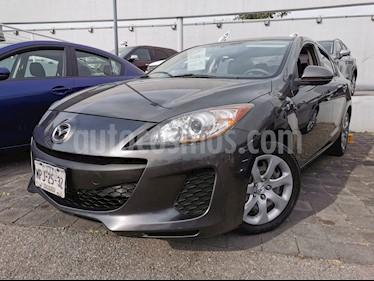 Mazda 3 Sedan i  usado (2013) color Gris precio $140,000