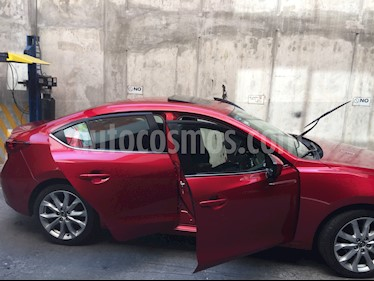 Mazda 3 Sedan s usado (2015) color Rojo precio $207,000