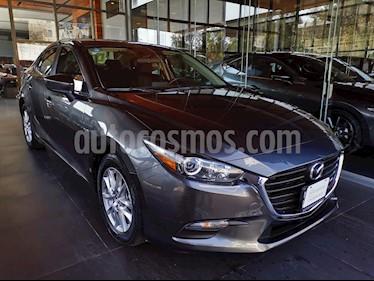 Foto Mazda 3 Sedan i Touring usado (2018) color Gris Titanio precio $245,000