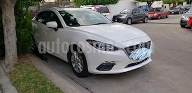 Mazda 3 Sedan i 2.0L Touring Aut usado (2016) color Blanco precio $210,000