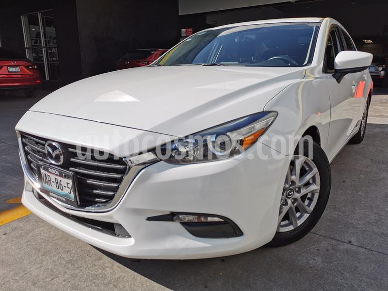 Mazda 3 Sedan i Touring Aut usado (2017) color Blanco Perla precio $250,000