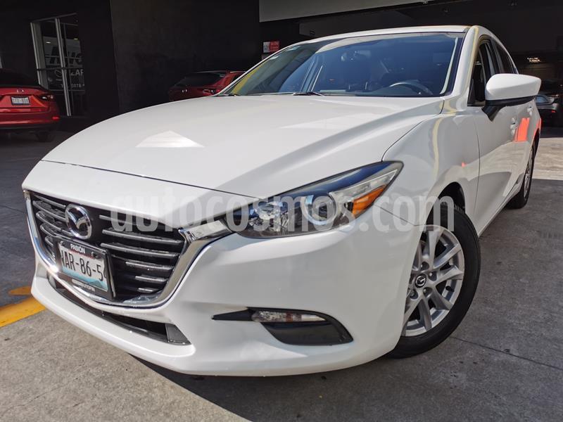 Mazda 3 Sedan i Touring Aut usado (2017) color Blanco Perla precio $245,000