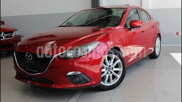 Mazda 3 Sedan i Touring usado (2015) color Rojo precio $185,000