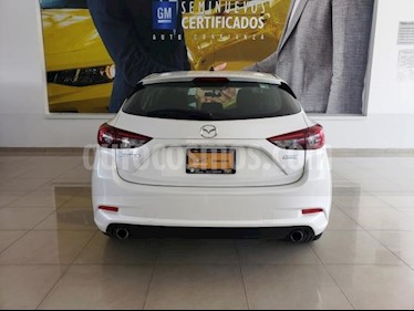 Mazda 3 Sedan 5P HB S 2.5L AT QC GPS F. LED RA-18 usado (2018) color Blanco precio $288,096