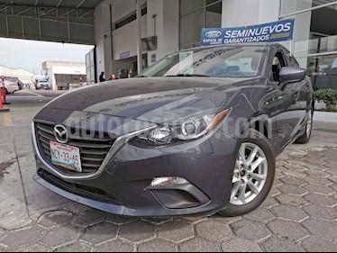 Mazda 3 Sedan i Touring usado (2015) color Gris Meteoro precio $190,000