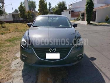 Mazda 3 Sedan s Aut usado (2015) color Gris Meteoro precio $172,000
