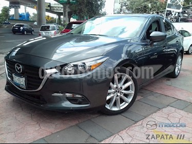 Foto venta Auto usado Mazda 3 Sedan s Aut (2018) color Gris Titanio precio $295,000