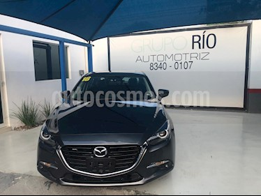 Foto Mazda 3 Sedan s Grand Touring Aut usado (2018) color Gris precio $288,000