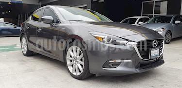 foto Mazda 3 Sedan s Grand Touring Aut usado (2018) color Gris Titanio precio $315,900