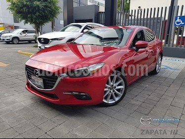 Foto Mazda 3 Sedan s usado (2017) color Rojo precio $255,000