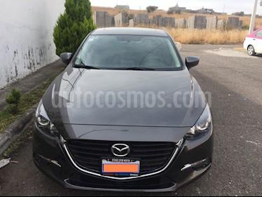 Foto Mazda 3 Sedan s usado (2018) color Gris Titanio precio $279,000