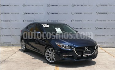 Foto venta Auto usado Mazda 3 Sedan s (2018) color Azul Marino precio $320,000