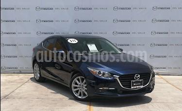 foto Mazda 3 Sedan s usado (2018) color Azul Marino precio $300,000