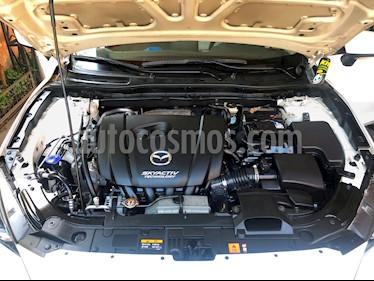 Mazda 3 2.0 R Aut AA Techo  usado (2015) color Blanco precio $9.290.000