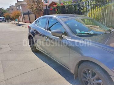 Mazda 3 2.0 R Aut  usado (2016) color Gris precio $7.400.000