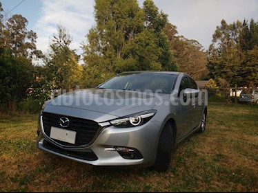 Mazda 3 2.0L SR Aut    usado (2018) color Gris precio $11.800.000