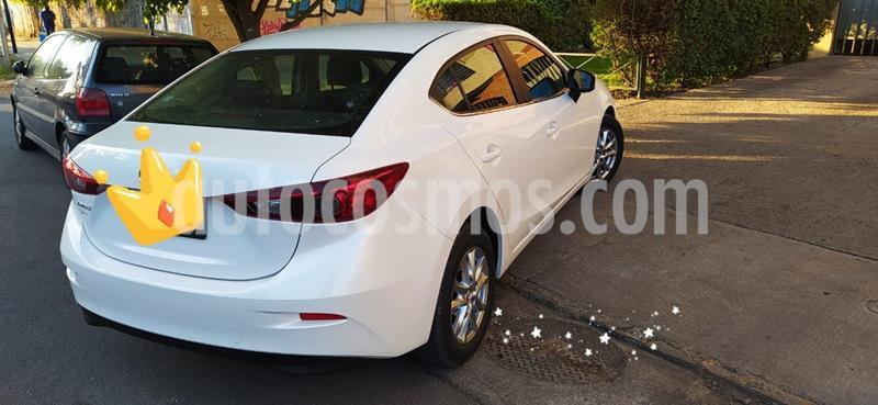 Mazda 3 1.6 S  usado (2018) color Blanco precio $7.000.000