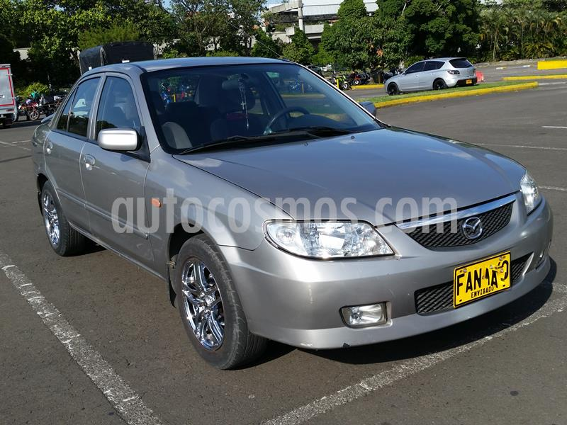 Mazda Allegro 1.6 Sinc. usado (2003) color Plata precio $12.800.000