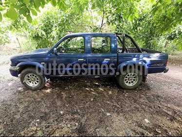 Mazda B2500 Dc Sdx 3 4wd usado (2005) color Azul precio $3.900.000
