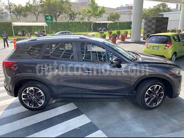 Foto Mazda CX-5 2.0L i Grand Touring usado (2016) color Gris Meteoro precio $284,000