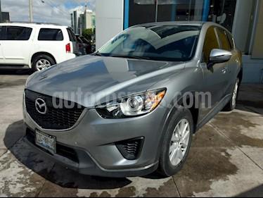 Foto venta Auto Seminuevo Mazda CX-5 2.0L i (2015) color Plata precio $237,000