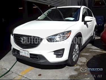 Mazda CX-5 2.0L i usado (2016) color Blanco Cristal precio $250,000