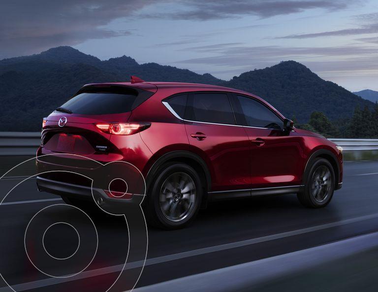 Foto Mazda CX-5 Signature nuevo color Rojo precio $625,900