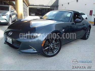 Foto Mazda MX-5 i Sport usado (2016) color Gris Meteoro precio $250,000