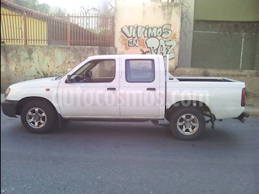 Foto venta carro usado Mazda pick up doble cabina (2013) color Blanco precio BoF4.200