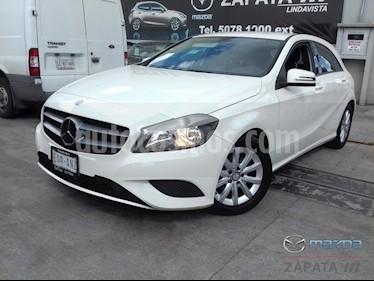 Foto venta Auto usado Mercedes Benz Clase A 180 CGI Aut (2014) color Blanco Cirro precio $195,000