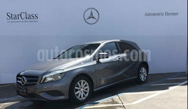 Foto venta Auto usado Mercedes Benz Clase A 180 CGI Aut (2015) color Gris precio $269,900