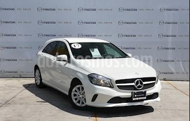Foto Mercedes Benz Clase A 200 CGI Aut usado (2017) color Blanco precio $320,000