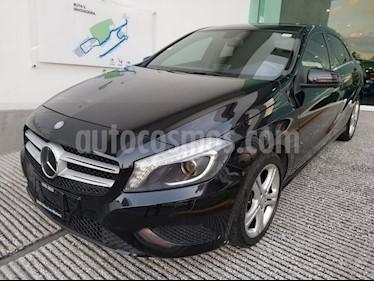 Foto venta Auto Seminuevo Mercedes Benz Clase A 200 CGI Aut (2014) color Negro Cosmos precio $278,500