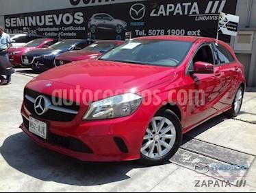 Foto Mercedes Benz Clase A 200 CGI Aut usado (2017) color Rojo Jupiter precio $355,000